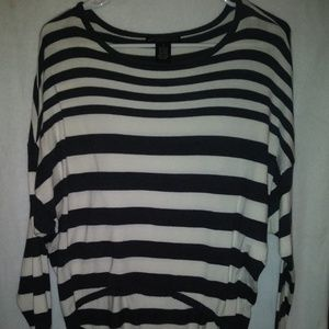 Design History Crop top long sleeve wide striped